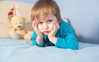 Что делать при фолликулярной ангине у детей: причины, симптомы, лечение