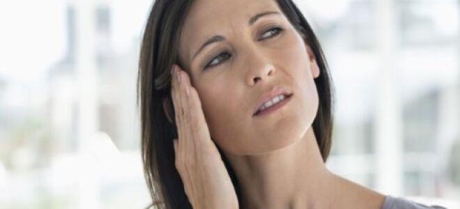 Причины треска в ушах и его лечение