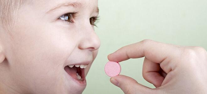 Причины першения в горле у ребенка: чем и как лечить