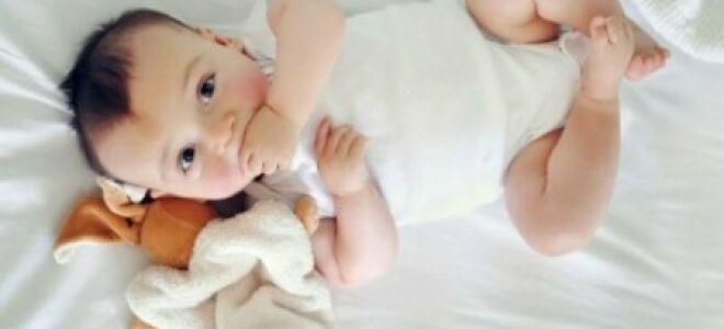 Чем лечить ребенка (если у него красное горло)