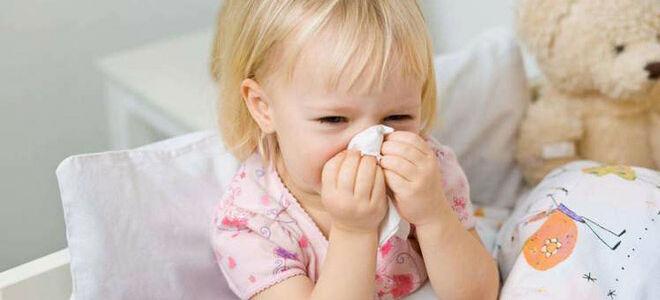 Как быстро и аккуратно вылечить ринофарингит у детей