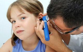 Как лечить детский отит в домашних условиях