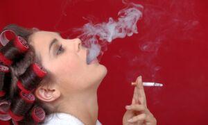 Рак горла у женщин: первые признаки и симптомы на разных стадиях