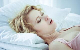 Боль в горле по утрам: причины, симптоматика, что делать, как лечить