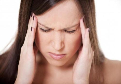 Давящая боль в ухе