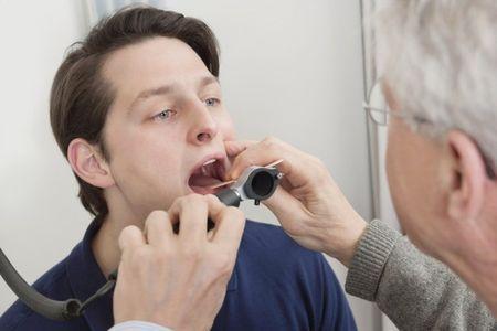 Диагностика тонзиллита у взрослых