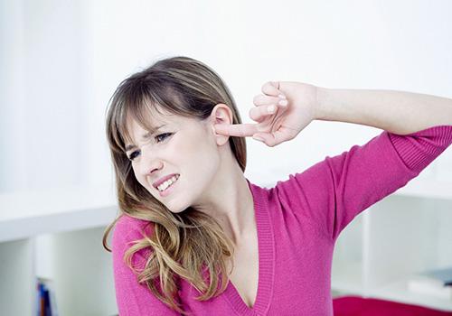 Дискомфорт в ушах