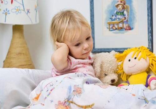 Первая помощь ребенку при ушной боли