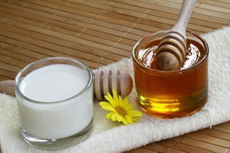 Молоко с медом фарингит
